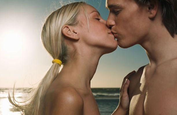 On tärkeää pyrkiä olemaan täysin läsnä suuteluhetkessä.