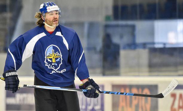 Jaromir Jagr pelaa alkavalla kaudella Flamesin liekkipaidassa.
