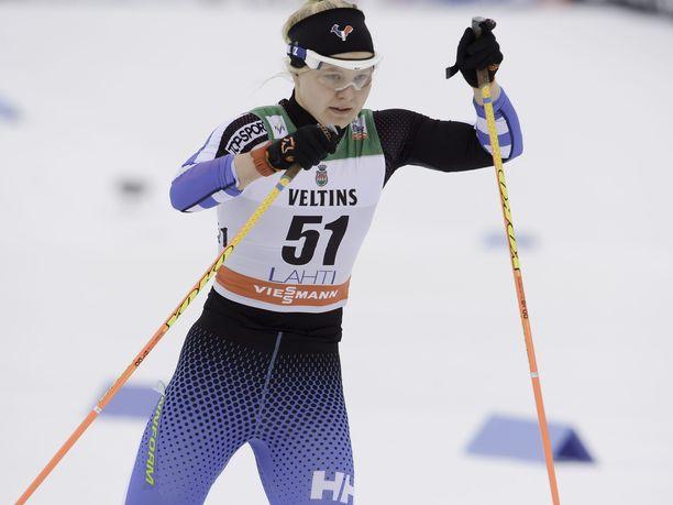 Leena Nurmi kilpaili ensimmäisen kerran maastohiihdon maailmancupissa Lahdessa maaliskuussa 2014.