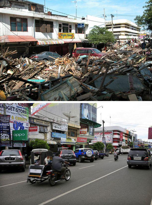 26. joulukuuta 2004 ja 18. joulukuuta 2014. Panglima Polem Street, Banda Aceh, Indonesia.