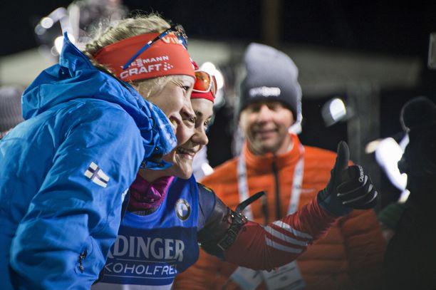 Kaisa Mäkäräinen ja Jekaterina Jurlova olivat läheisissä tunnelmissa viisi vuotta sitten.