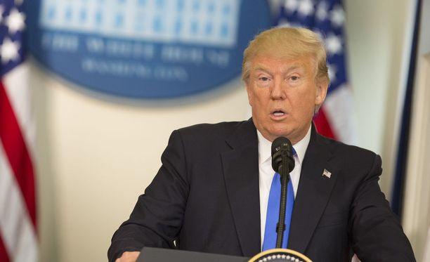 Presidentti Donald Trumpin kiukun kohde löytyi tällä kertaa omasta puolueestaan.