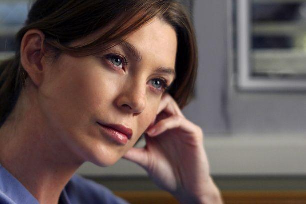 Ellen Pompeo nähdään Meredith Greyn roolissa myös seuraavalla tuotantokaudella.