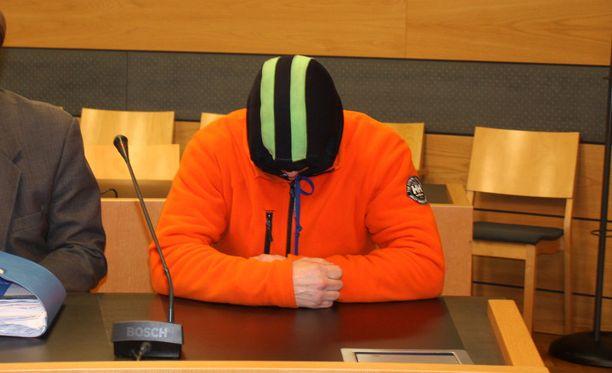 Osmo Kujala tuomittiin Kemi-Tornion käräjäoikeudessa syyntakeisena kahdesta murhasta elinkautiseen. Hovioikeus piti tuomion voimassa. Arkistokuva.