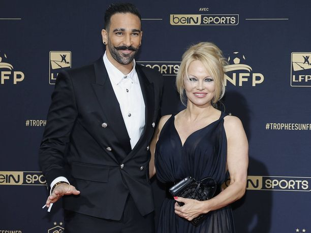 Adil Rami ja Pamela Anderson erosivat myrskyisissä merkeissä.
