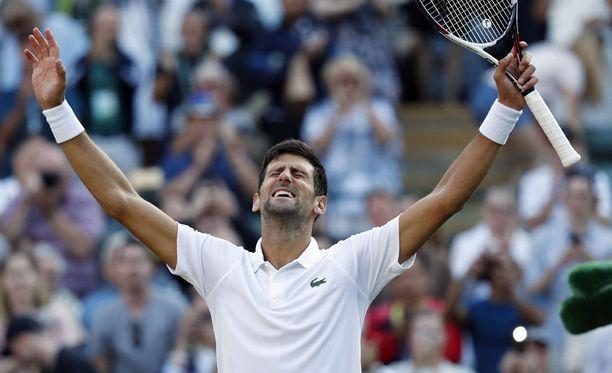 Novak Djokovic on Wimbledonin miesten kaksinpelin ennakkosuosikki.
