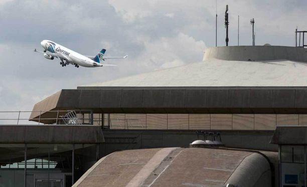 EgyptAirin koneessa oli yhteensä 66 matkustajaa.