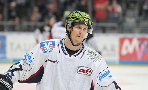 Alexander Bonksaksen kihlautuu Silje Norendalin kanssa.