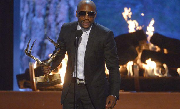 Floyd Mayweather on Forbesin mukaan maailman kovapalkkaisin urheilija.
