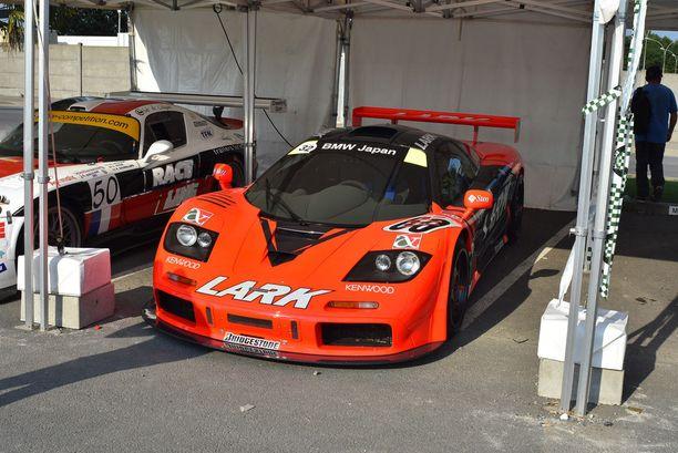 Lark McLaren F1 GTR. Tämän auton arvo on vähintään 7- 8 miljoonaa euroa.