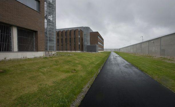 Petosvyyhdin pääepäilty vietti yhdeksän kuukautta tutkintavankeudessa. Kuvassa Turun vankilan pihaa.
