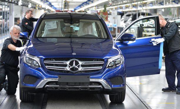 Mercedes-Benzin valmistusta Bremenissä, Saksassa.