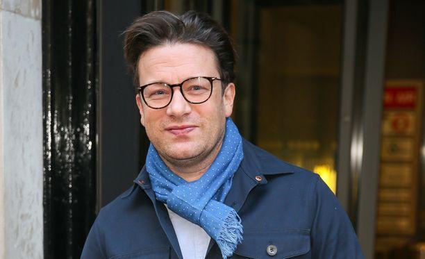 Jamie Oliver ei enää pysty kaivamaan omaa kuvettaan ravintolayrityksensä rahoittamiseksi.