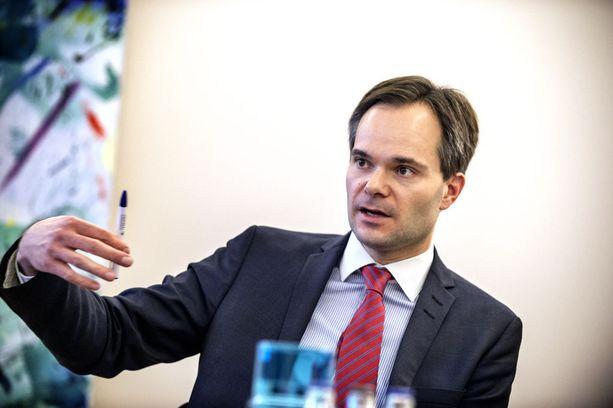 Ulkomaankauppa- ja kehitysministeri Kai Mykkänen.