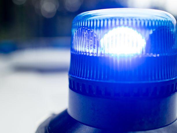 Poliisi sai tekijän kiinni etsintöjen jälkeen.
