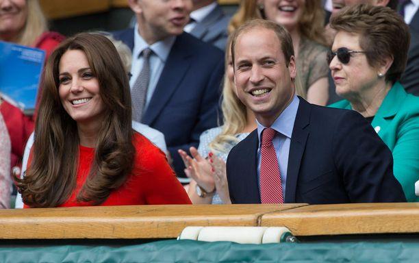 Herttuaparilla oli hauskaa katsomossa.