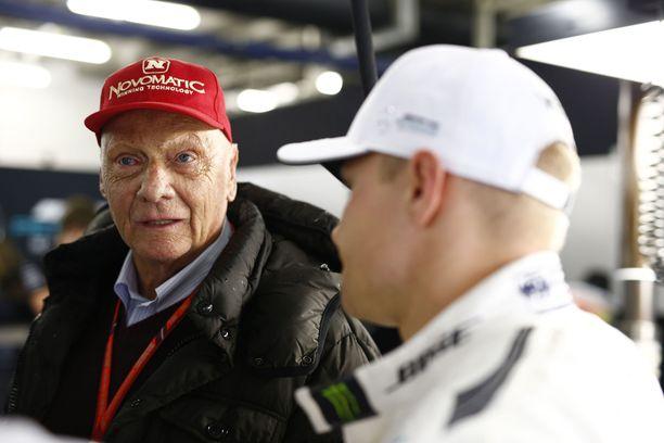 Niki Lauda vaikutti vahvasti siihen, että Mercedes valitsi Valtteri Bottaksen uransa päättäneen Nico Rosbergin tilalle.