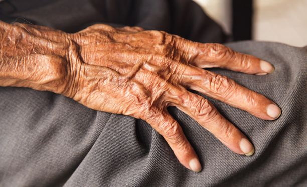 Eläkeikäiset maahanmuuttajat jäävät usein vaille kielikoulutusta, koska se on suunnattu työikäisille.