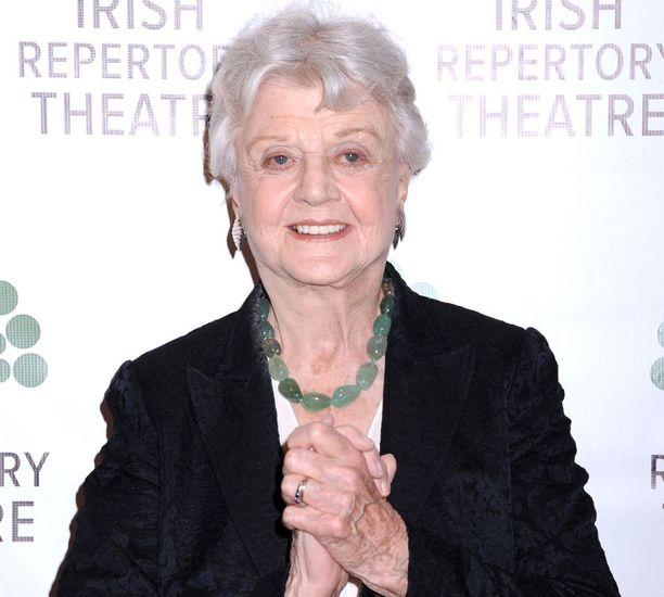 Angela Lansbury on syntynyt vuonna 1925 ja täyttää siis tänä vuonna 93 vuotta.