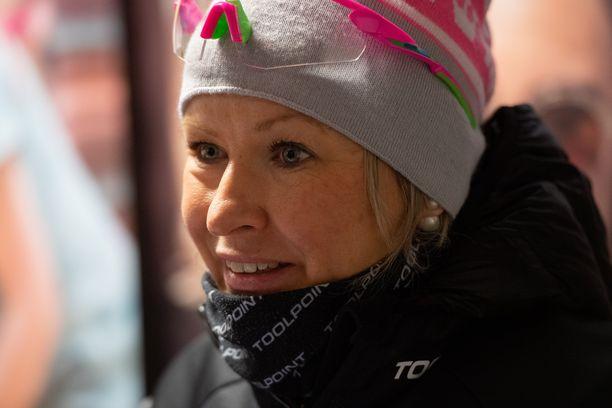 Riitta-Liisa Roponen haluaa mukaan Suomen MM-viestiryhmään. Tiistaina Vantaan Suomen cupissa hän oli kakkonen.
