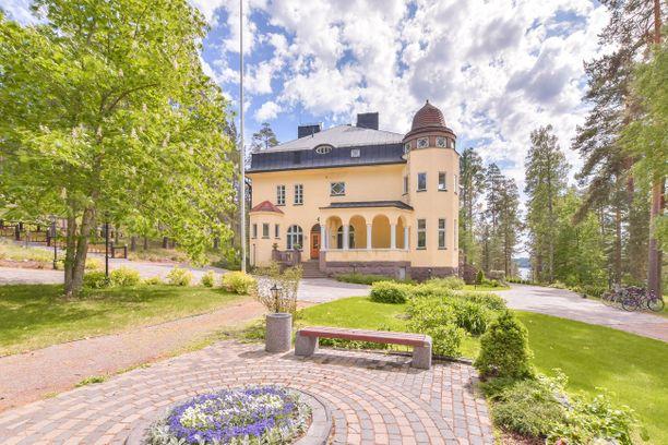 Tämän hetken kallein Etuovi.comissa myynnissä oleva loma-asunto löytyy Ruokolahdelta.