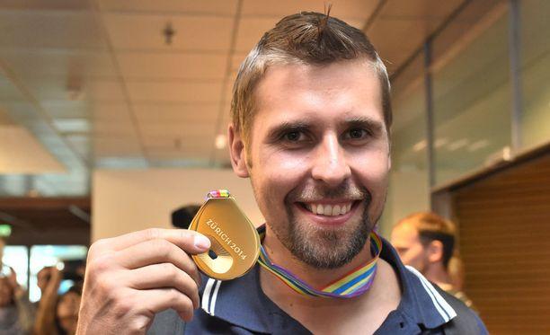 Antti Ruuskanen voitti EM-kultaa vastatuulessa.