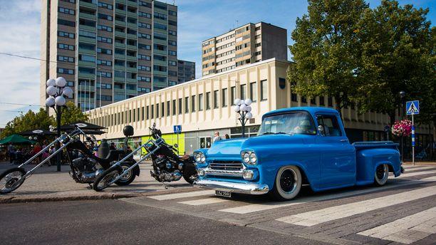 50-luvun lopun jenkki-pickup on oiva rakenteluaihio harrasteautoksi.