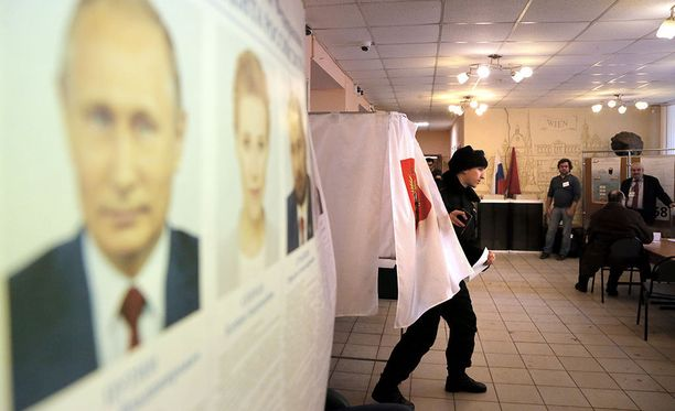 Venäjän vaaleissa on oppositiomedian mukaan havaittu jo vilpillistä toimintaa.