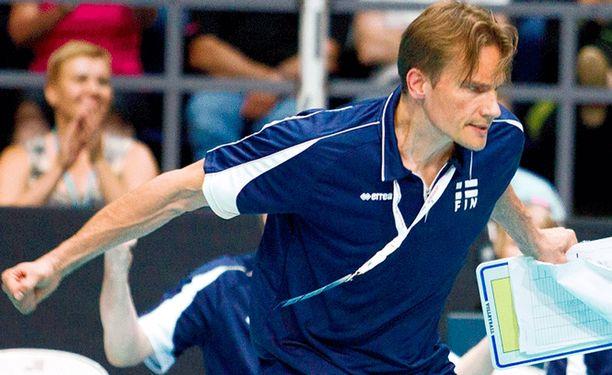 Tuomas Sammelvuon Suomi nujersi MM-karsinta-avauksessa Ukrainan.