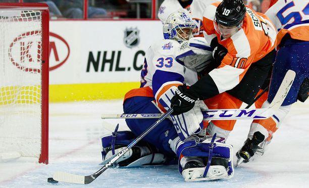 Christopher Gibson ei onnistunut pysäyttämään Flyersia.