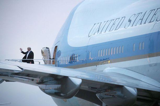 Trump matkustaa Air Force -lentokoneellaan myös Helsinkiin.