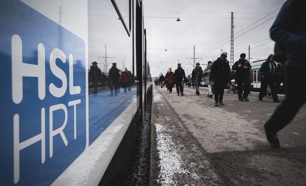 Lippu-uudistuksen ehdottomasti suurimmat voittajat ovat ne Vantaalla ja Espoossa asuvat nykyistä seutulippua käyttävät henkilöt, joiden asuinalue kuuluu B-vyöhykkeelle.