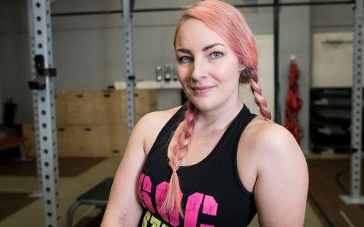 Mariella, 30, painoi noin sata kiloa ja piti itseään isoluisena – sitten hän testasi ketodieettiä ja pudotti 25 kiloa
