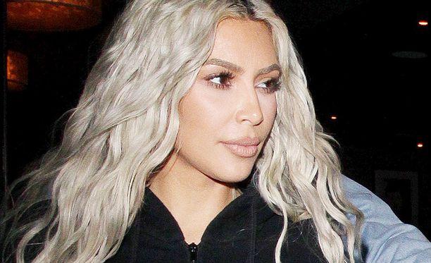 Kim Kardashian luottaa retinoliin eli a-vitamiinin ihonhoidossaan.