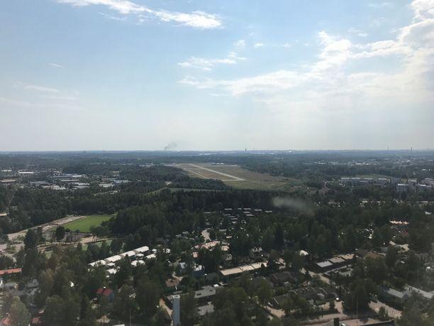 Savu näkyy lentokoneesta katsottuna hyvin kauas.