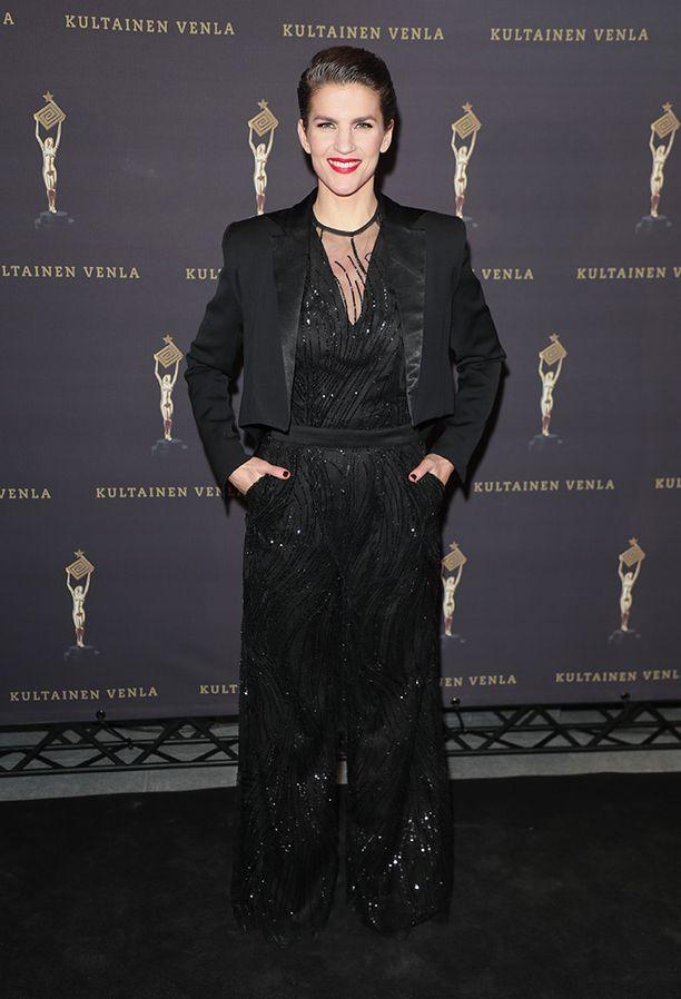 Muiden muassa Maria Ylipää pukeutui mustaan Venla-gaalaan.