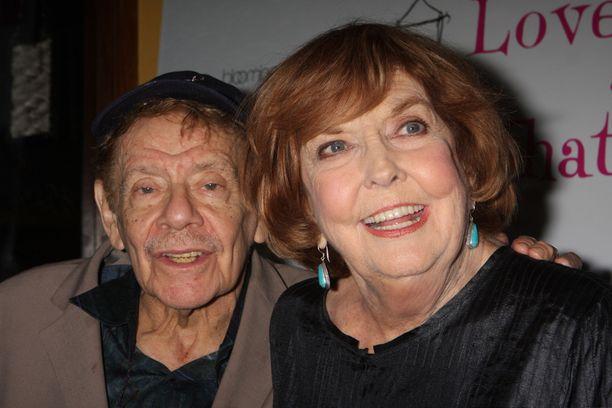 Benin vanhemmat Jerry Stiller ja Anne Meara vuonna 2011. Anne Meara nukkui pois toukokuussa 85-vuotiaana.