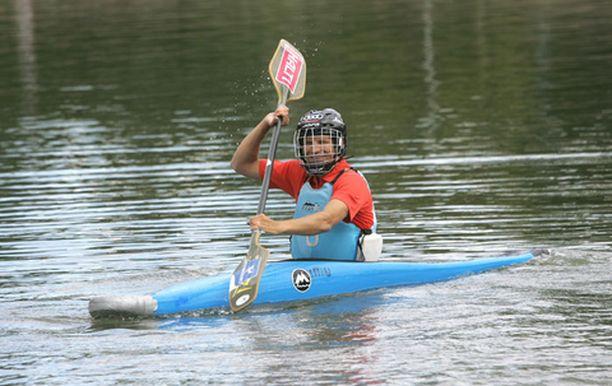Kalle Palander harjoittelee myös vesillä.