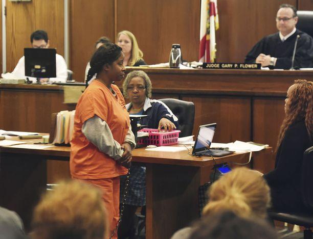 Gloria Williamsia syytetään sieppauksesta.