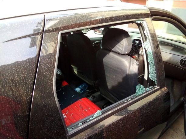 Sergein autoon heitettiin kranaatti, minkä jälkeen hän siirtyi perheensä kanssa ensin Kiovaan ja sen jälkeen pois Ukrainasta painostuksen alla.