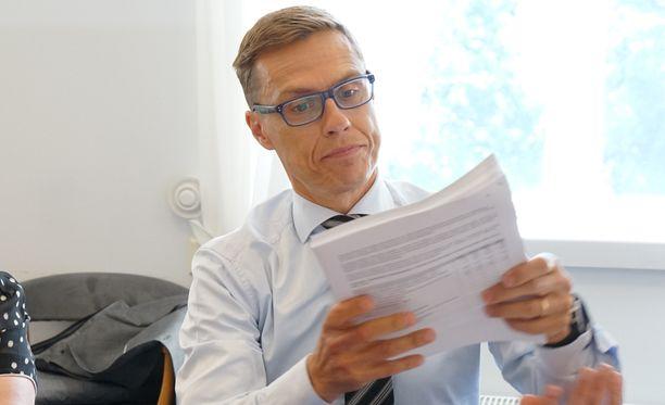 Valtiovarainministeri Alexander Stubb korosti tiistaina, että hallitus aikoo välttää poukkoilevaa talouspolitiikkaa.