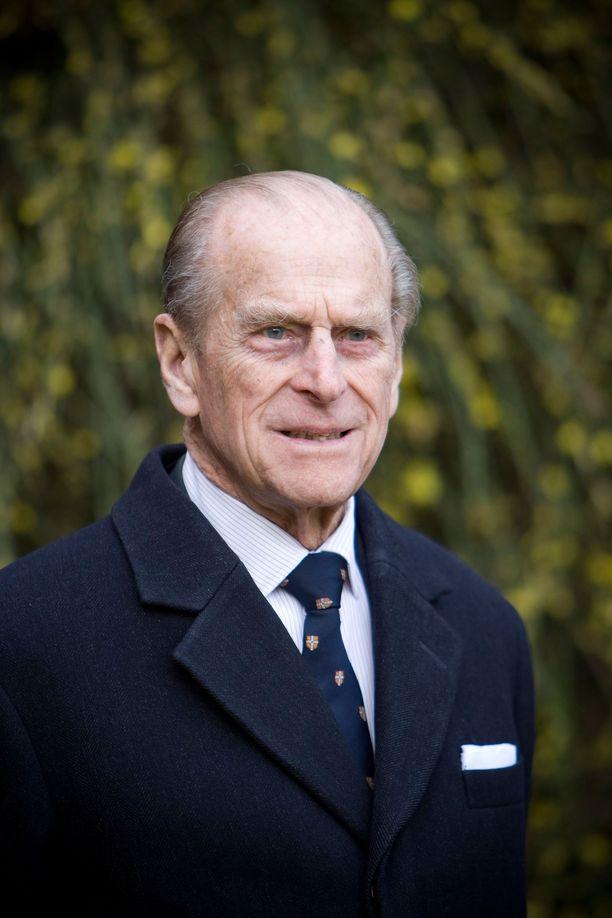 Prinssi Philip toipuu sydänoperaatiosta.