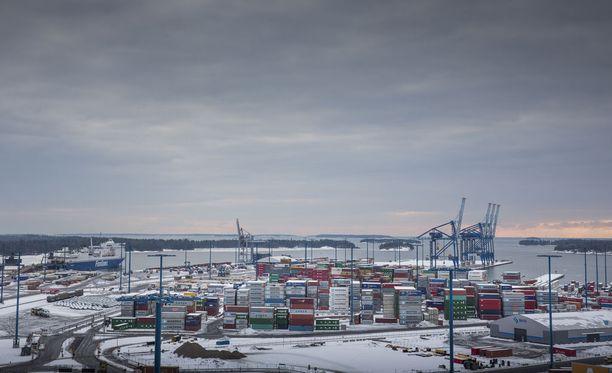 Tapaus sattui Vuosaaren sataman lähellä Itä-Helsingissä.