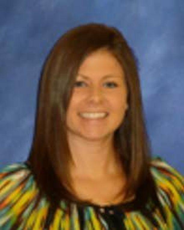 Opettaja Brandy Young uskoo, että lapset oppivat paremmin ilman läksyjä.