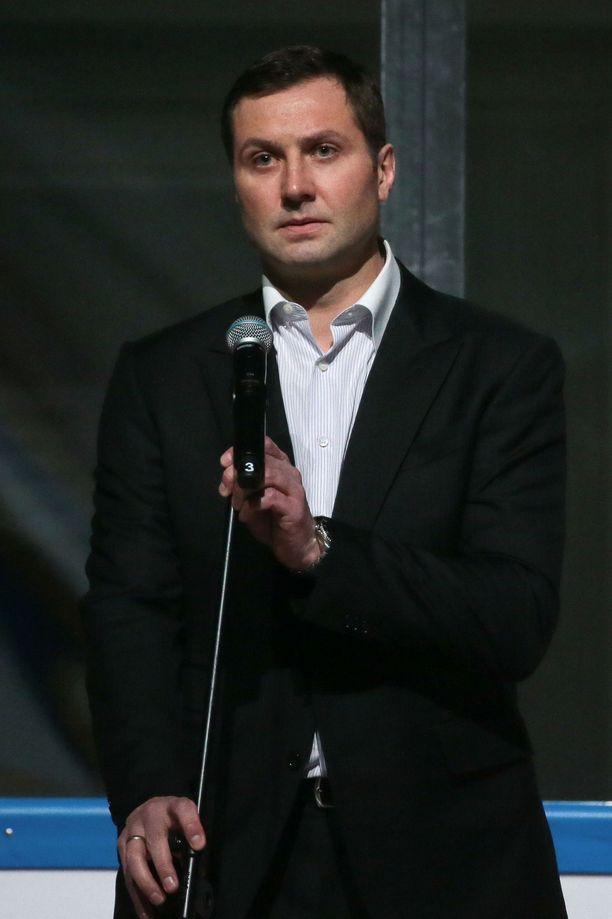 Aleksei Morozov on Venäjän propagandaa suoltava KHL:n puhuva pää.