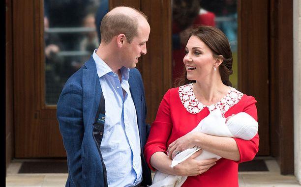 William ja Kate saivat tänään poikavauvan.