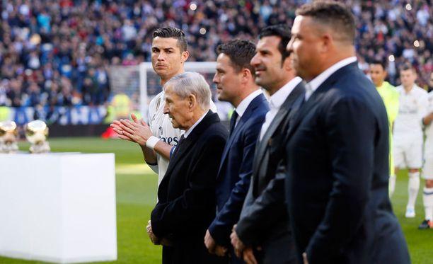 Cristiano Ronaldon seremoniassa oli arvovaltaisia vieraita.