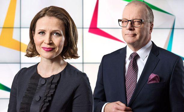 TV1:n päälähetyksen juontavat Johanna Vesikallio ja Matti Rönkä.