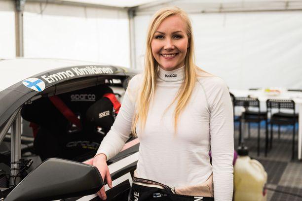 Emma Kimiläinen piiskasi Teslansa hienosti neljänneksi.