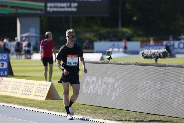 Aku Partanen kilpaili torstaina Espoon GP:ssä 5 000 metrin kävelyssä.